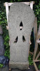 Arbre de vie sculpture pierre