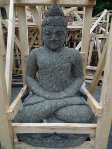 Bouddha 80cm pierre volcanique
