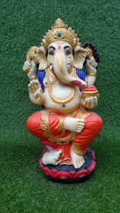 statue Ganesh assis pied au sol