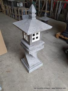 Lampe de jardin en pierre 110cm