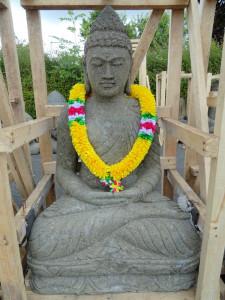 Bouddha en lotus en pierre 100 cm