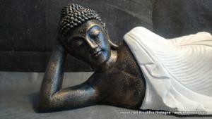 Bouddha allongé blanc L85 cm