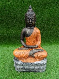Bouddha orange assis en lotus