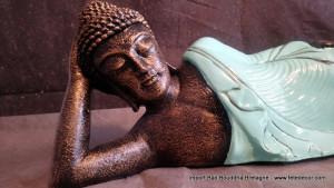 Bouddha allongé robe turquoise L85 cm