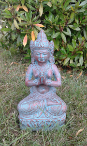 Statuette Déesse Dewi vert nuance