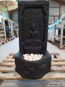 Fontaine intérieur mur bouddha noir