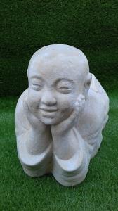 Jeune moine allongé 60cm