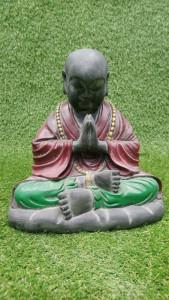statuette moine Shaolin en prière
