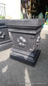 Socle ciment support statue