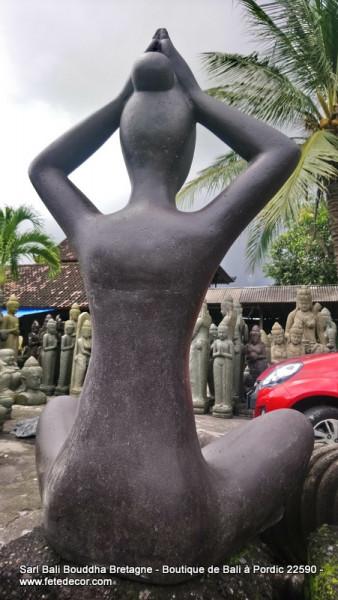 Grande statue femme yoga (arrivage Novembre 21)