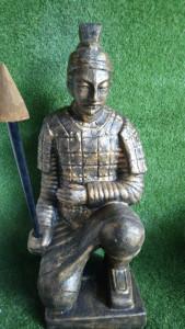 Samouraï à genou 100 cm