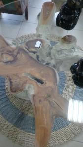 Table basse racine teck avec verre