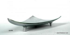 Plat aluminium design triangle