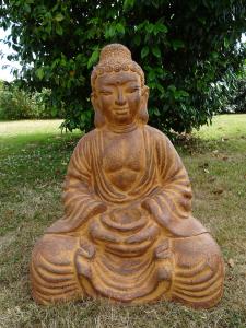 Bouddha assis en terre cuite