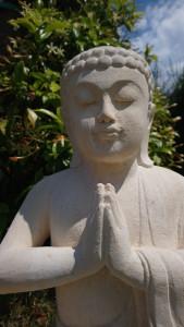 Bouddha statuette limestone