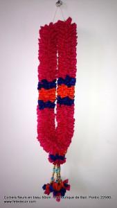 Collier fleur fuchsia offrande Bali L50cm