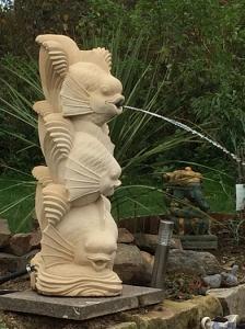 Fontaine sculpture poisson